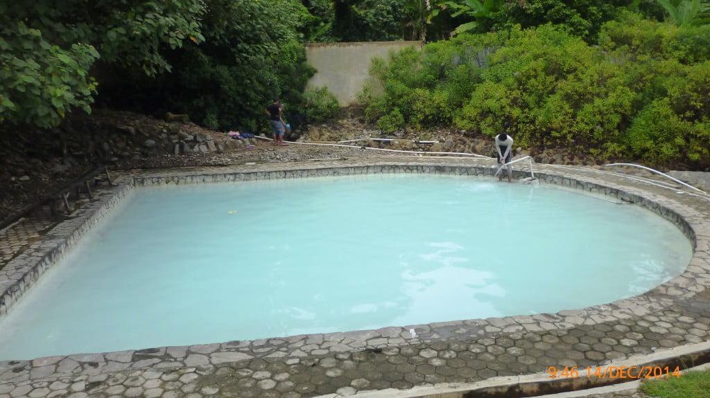Kolam kedua kedalaman 100cm Pemandian Air panas Way Belerang Kalianda Lampung Selatan